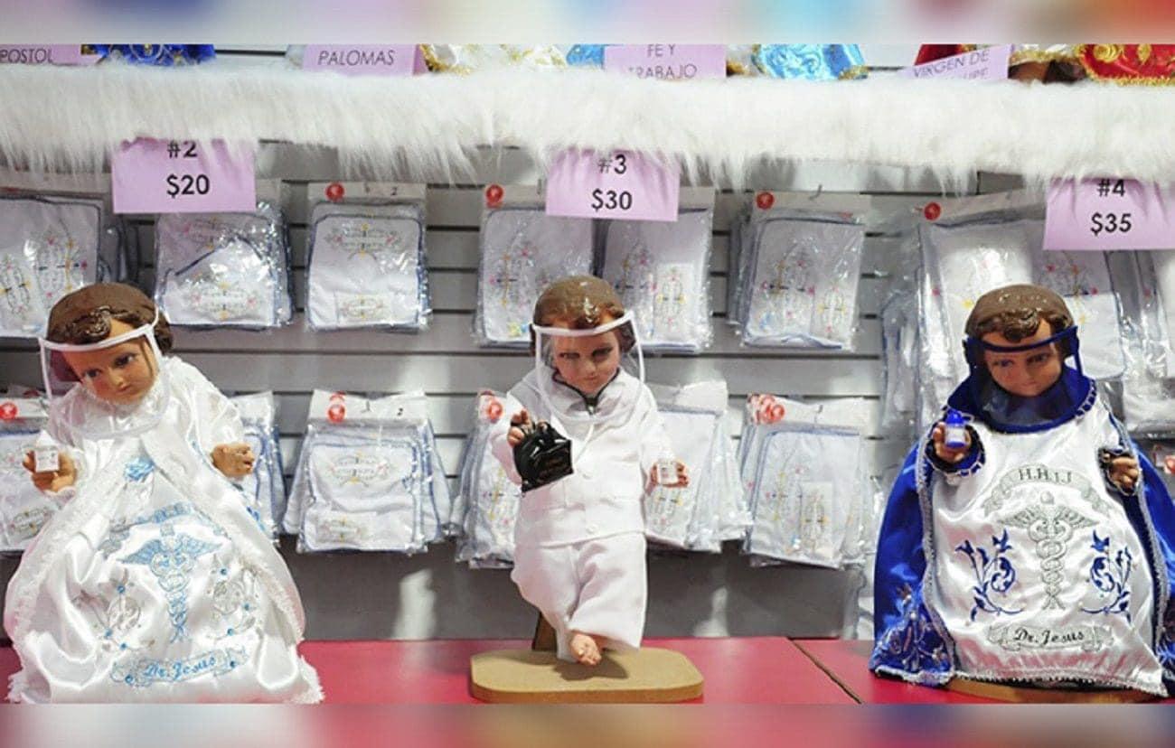 Niños Dios con cubrebocas en México
