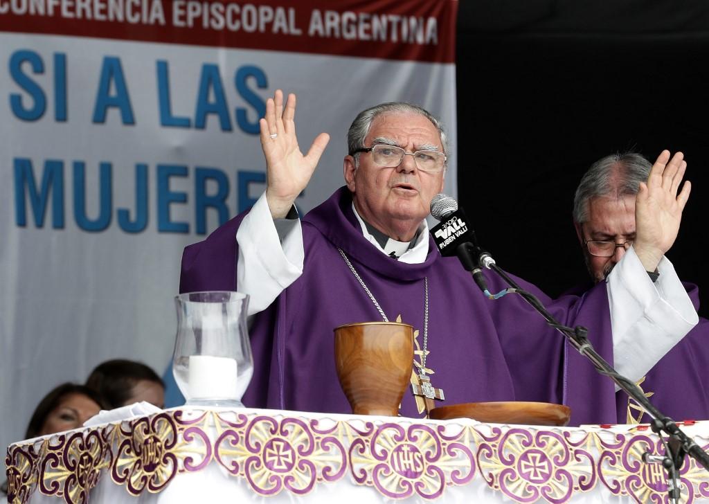 Obispo Oscar Ojea en Argentina