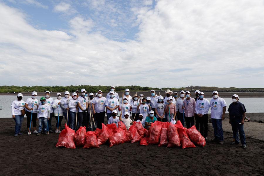Recolección de basura en Puerto San José