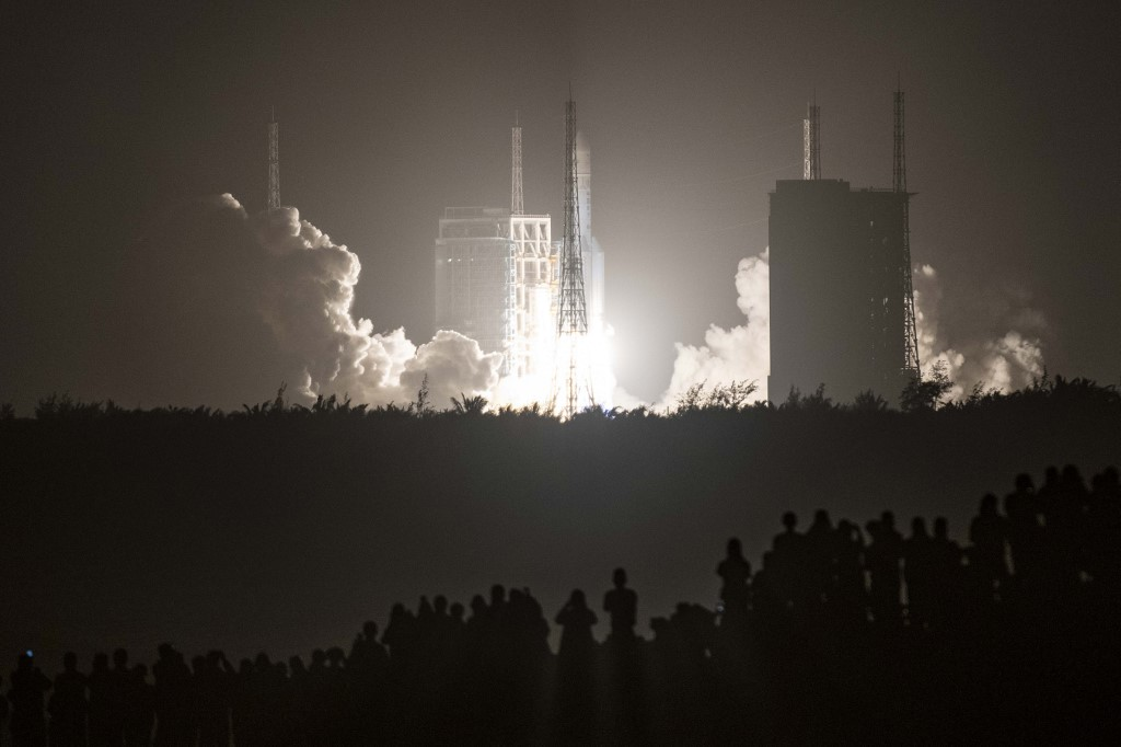 Lanzan sonda china Chang'e-5