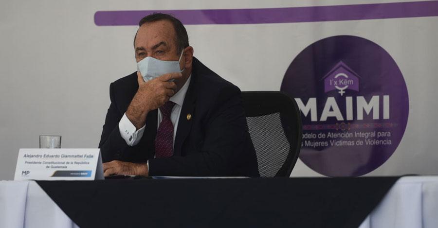 Alejandro Giammattei en presentación de la Maimi