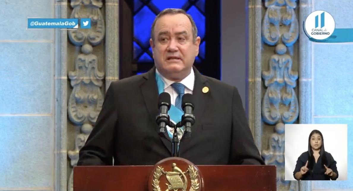 Presidente Alejandro Giammattei presenta informe de primer año de Gobierno