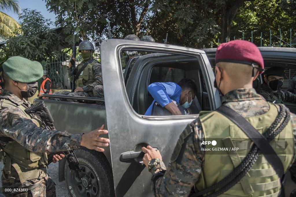 caravana de migrantes hondureños deja Guatemala