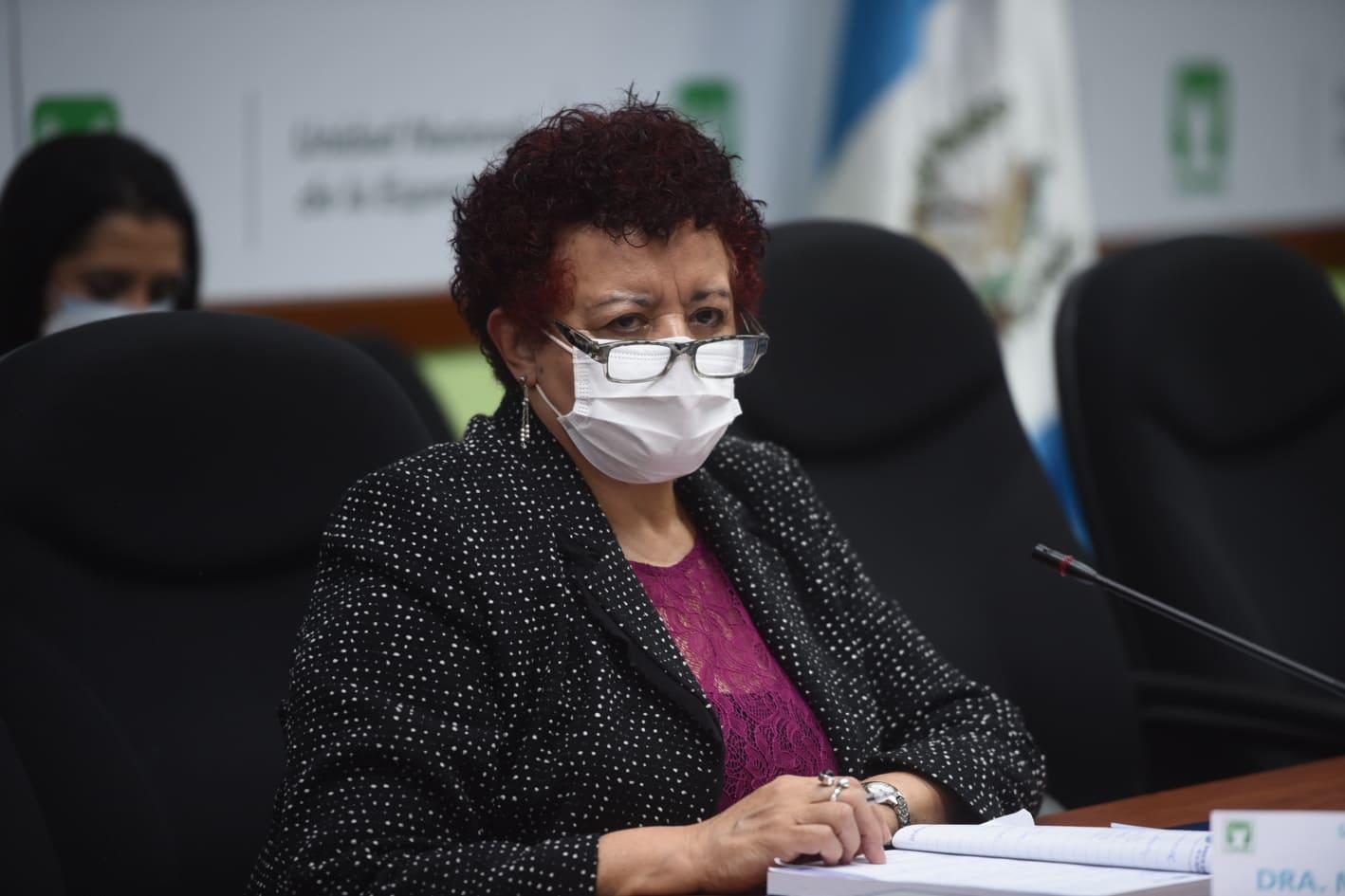 citación de autoridades del Ministerio de Salud e IGSS sobre vacunas por Covid-19