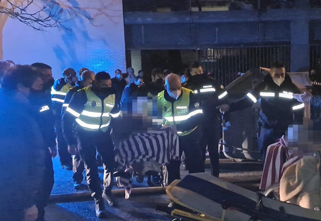 Incendio en asilo de ancianos en Sevilla, España