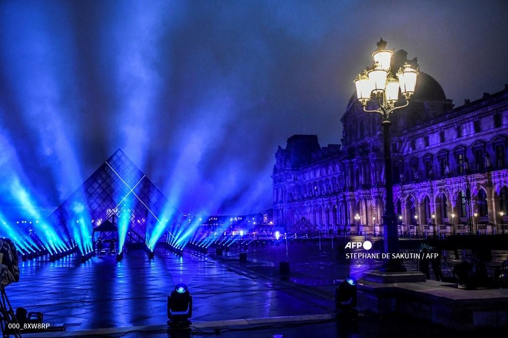 Año Nuevo 2021 en París
