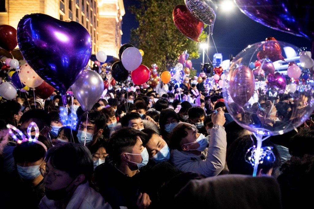 Celebran el Año Nuevo en Wuhan