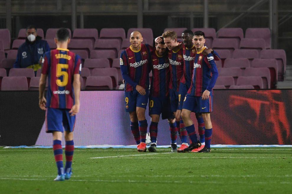 Barcelona golea al Elche