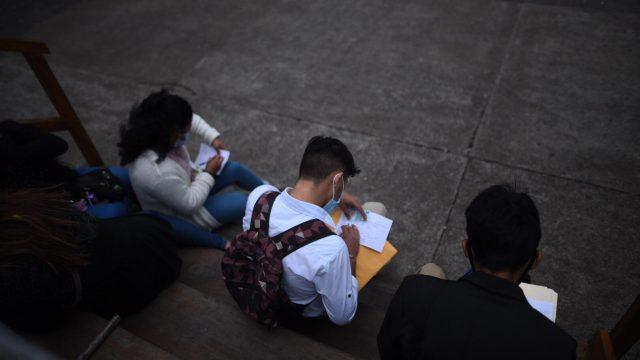 feria de empleo en plaza de la Constitución