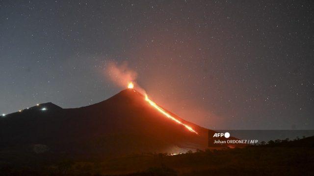 volcán de Pacaya aumenta actividad