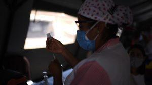 Campaña de vacunación contra el COVID-19 en Guatemala.