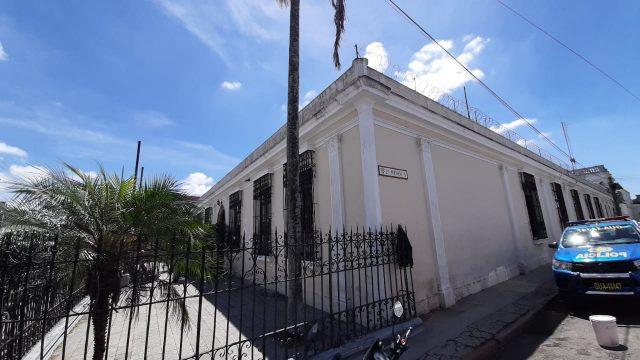 En el inmueble vinculado a Manuel Baldizón funcionó la sede del partido Líder, ahora desaparecido.