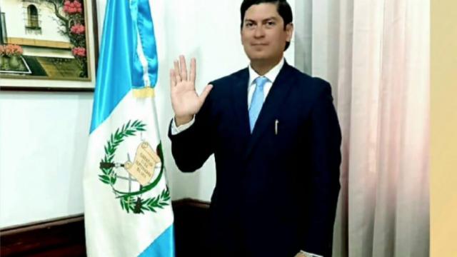 Janio Rosales es juramentado como secretario privado de la Presidencia