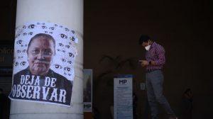 manifestación frente al Ministerio Público contra fiscal general Consuelo Porras
