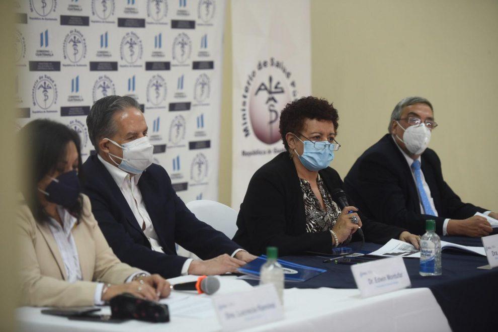 ministerio de Salud explica situación de hospitales en tercera ola de Covid-19