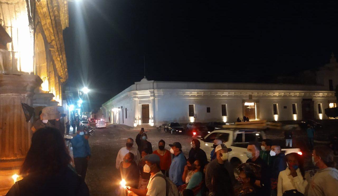 Protestan en La Antigua por la muerte de Luis Armando Solórzano Subuyuj