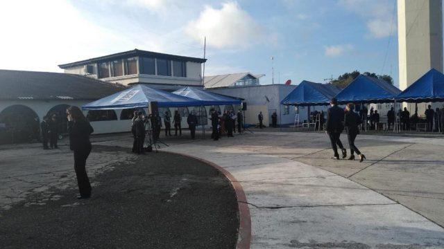 familiares de víctimas de la masacre en Tamaulipas esperan repatriación de cuerpos en la Fuerza Aérea Guatemalteca
