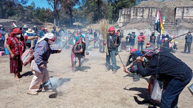 Saturación de la ciudad maya de Iximché