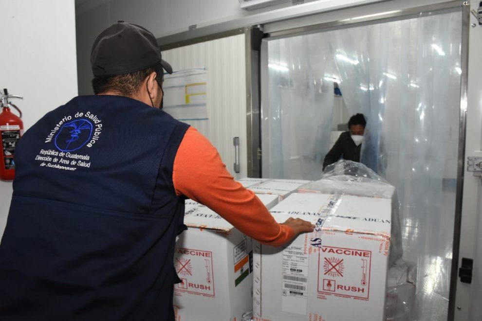 distribución de vacunas contra Covid-19 donadas por India