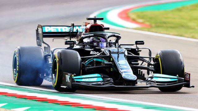 """Lewis Hamilton gana la """"pole"""" de Emilia Romaña"""