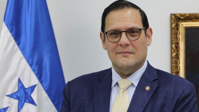Lisandro Rosales, canciller hondureño, dice que se mantienen diálogos con Estados Unidos