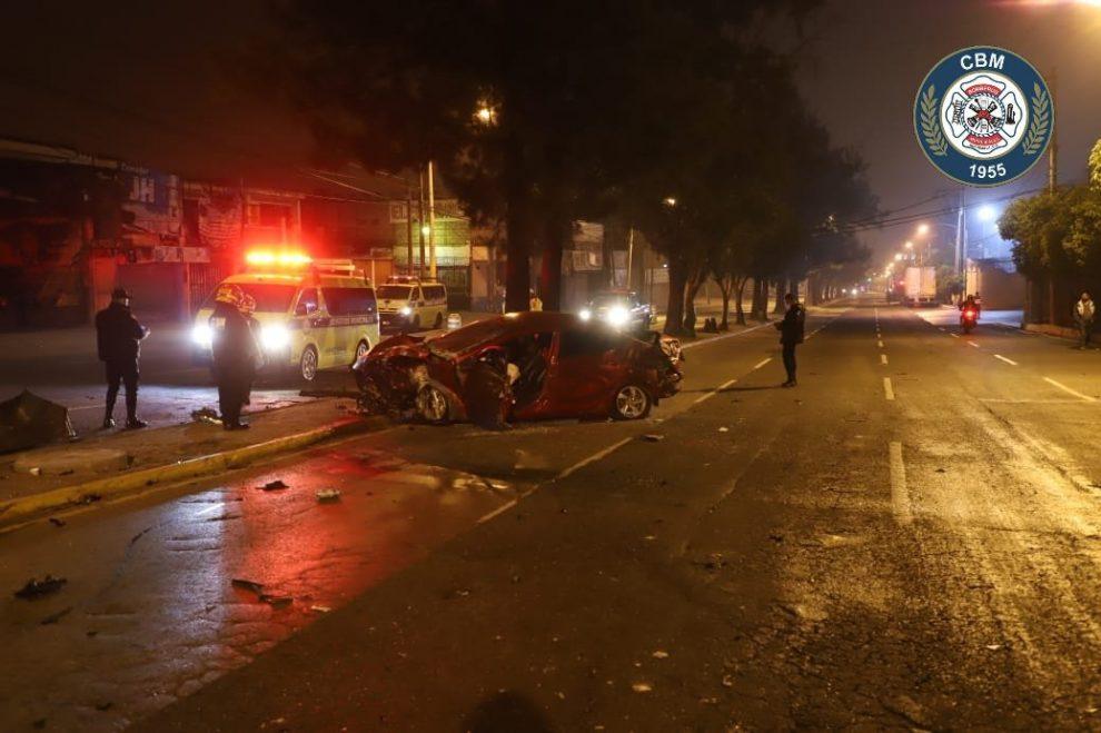 Dos muertos por aparatoso accidente en zona 7