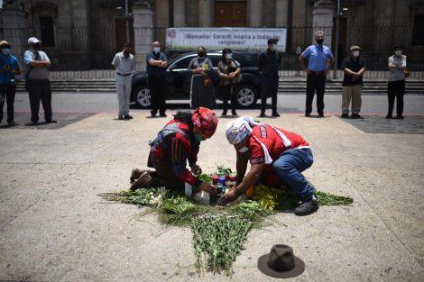 oración por aniversario de asesinatos de monseñor Juan José Gerardi y los beatos de Quiché