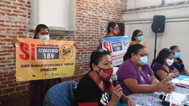 Organizaciones denuncian retroceso en derechos laborales de las mujeres