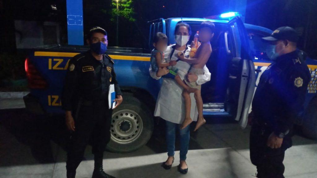 Rescatan a menores que estaban encerrados en Izabal
