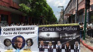 seguridad de PNC en el Congreso por juramentación de magistrados de Corte de Constitucionalidad