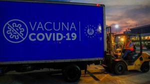 El Salvador recibe nuevo lote de vacunas