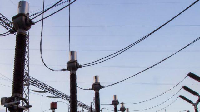 Tendido eléctrico. Instituto Nacional de Electrificación (INDE).