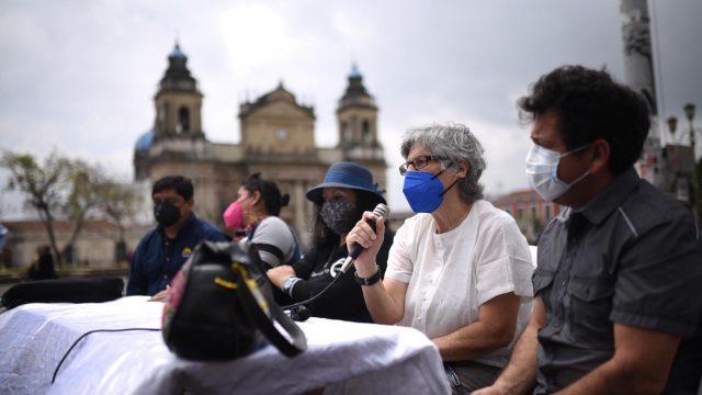 Covid-19: Colectivos convocan a manifestar este sábado para exigir vacunas