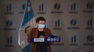 ministra de Salud, Amelia Flores