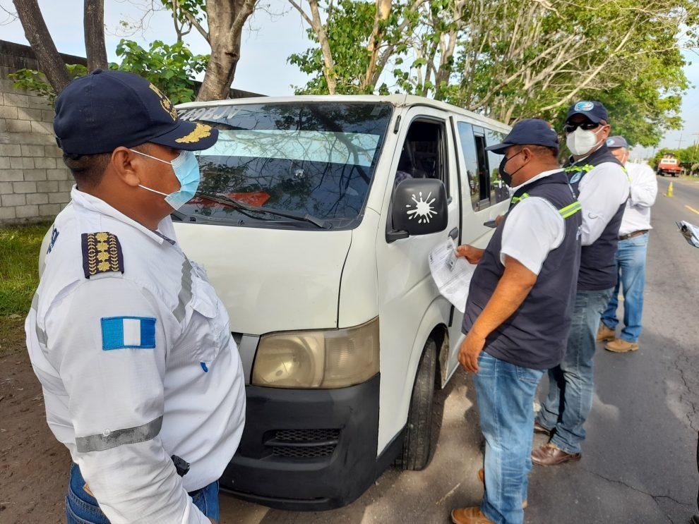 DGT multa a buses en Escuintla