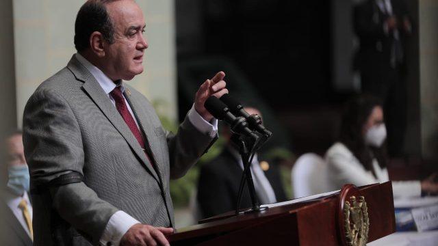 presidente Alejandro Giammattei se refiere a vacunación contra Covid-19