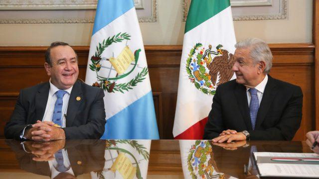 presidentes de Guatemala y México se reúnen para hablar de migración