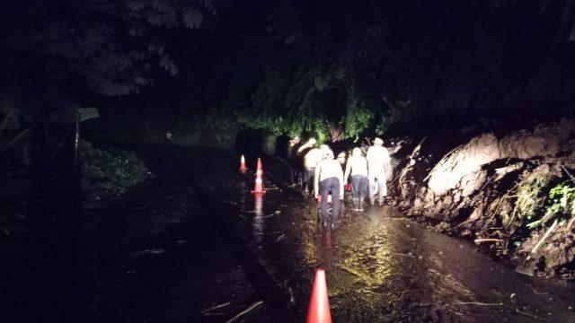 Lluvia causa deslizamiento de tierra en ruta de Quetzaltenango a San Marcos.