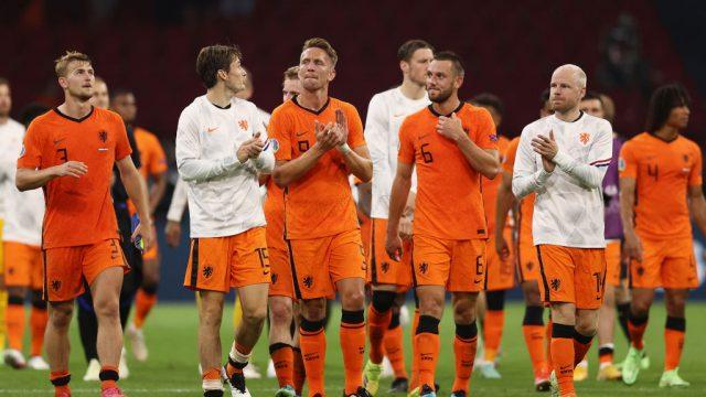 Luuk de Jong se pierde el resto de la Eurocopa