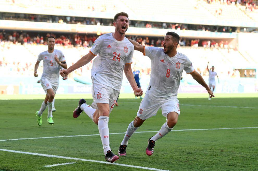 España golea a Eslovaquia