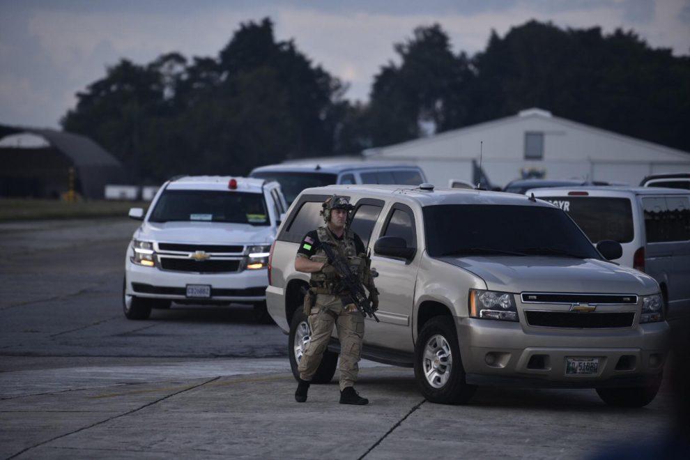 Armas de grueso calibre para proteger a la vicepresidenta Kamala Harris
