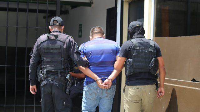 capDetienen a implicados en robo de Q400 mil a diputado oficialista