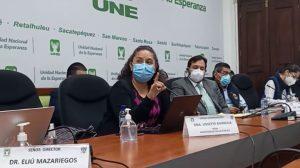 Doctora Lissette Barreda de la Comisión Nacional de Inmunizaciones