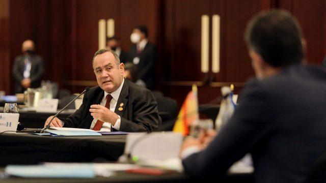 Presidente Alejandro Giammattei participa en cumbre del SICA en Costa Rica
