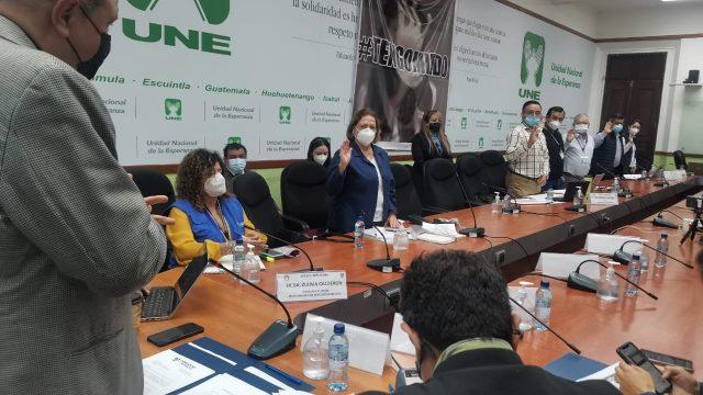 reunión de autoridades de Salud con comisión de Salud por tema del covid-19