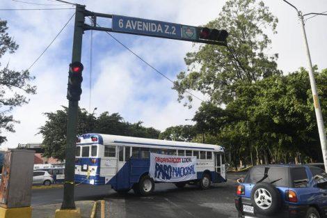 Manifestación del 29J comienza con bloqueos en la capital.