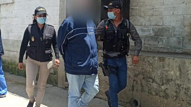 Capturan a presunto pandillero implicado en muerte de mujer