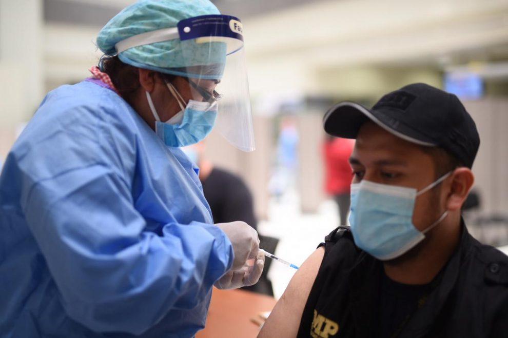 Habilitan centro de vacunación en sede del Ministerio Público
