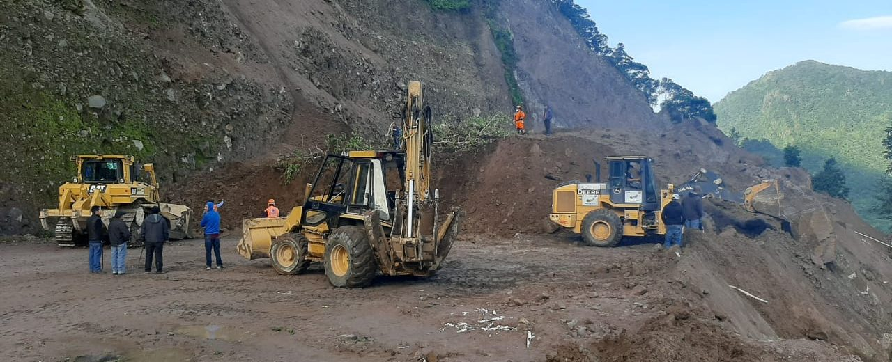 buscan a personas soterradas en Tajumulco, San Marcos