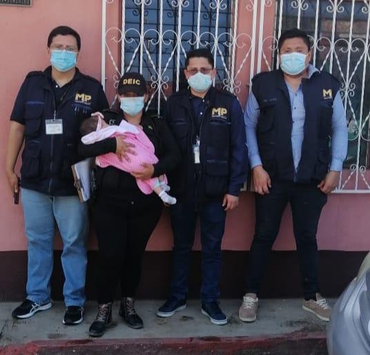 Localizan a bebé desaparecida en zona 12 y capturan a una mujer